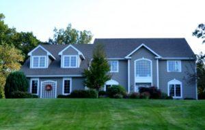 不動産取引を行うには、宅建業免許は欠かせません!